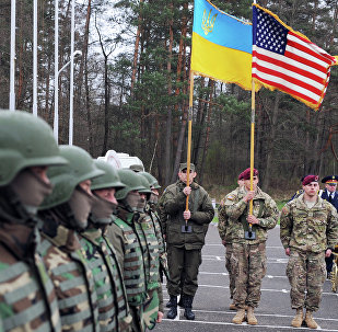 Militares estadounidenses y ucranianos