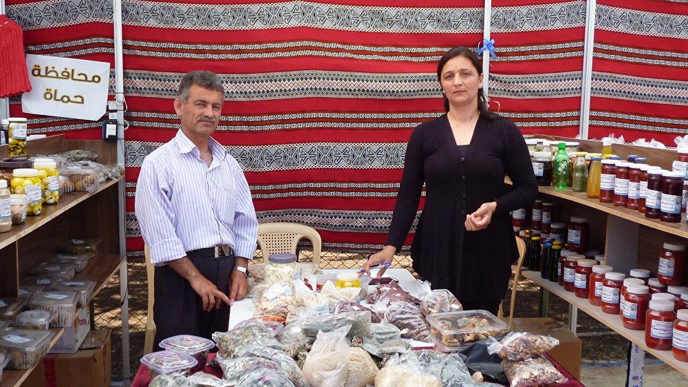 Iman y Muhammed Faki, levantaron un negocio de productos comestibles.