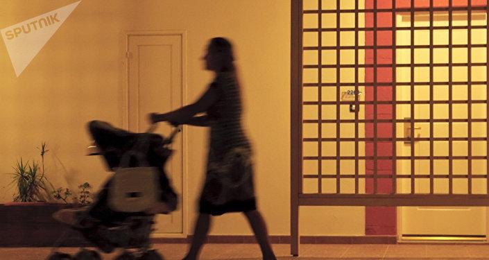 Uruguay busca liberar a las mujeres del peso de cuidar a niños, ancianos y discapacitados