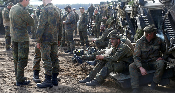 Militares alemanes durante maniobras de la OTAN en Lituania (archivo)