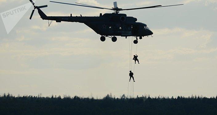 Mi-8AMTSh 'Terminator' durante el foro ARMY 2015