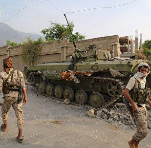 Tropas yemeníes cerca del palacio presidencial