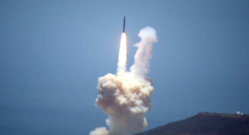 Ensayo de misil balístico intercontinental en EEUU (archivo)