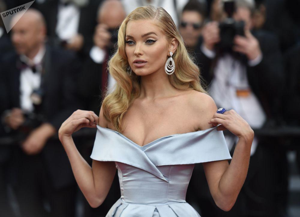 La modelo sueca Elsa Hosk en la alfombra roja del Festival Internacional de Cine de Cannes