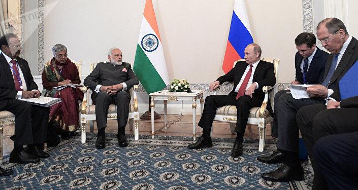 Narendra Modi, primer ministro indio, y Vladímir Putin, presidente de Rusia