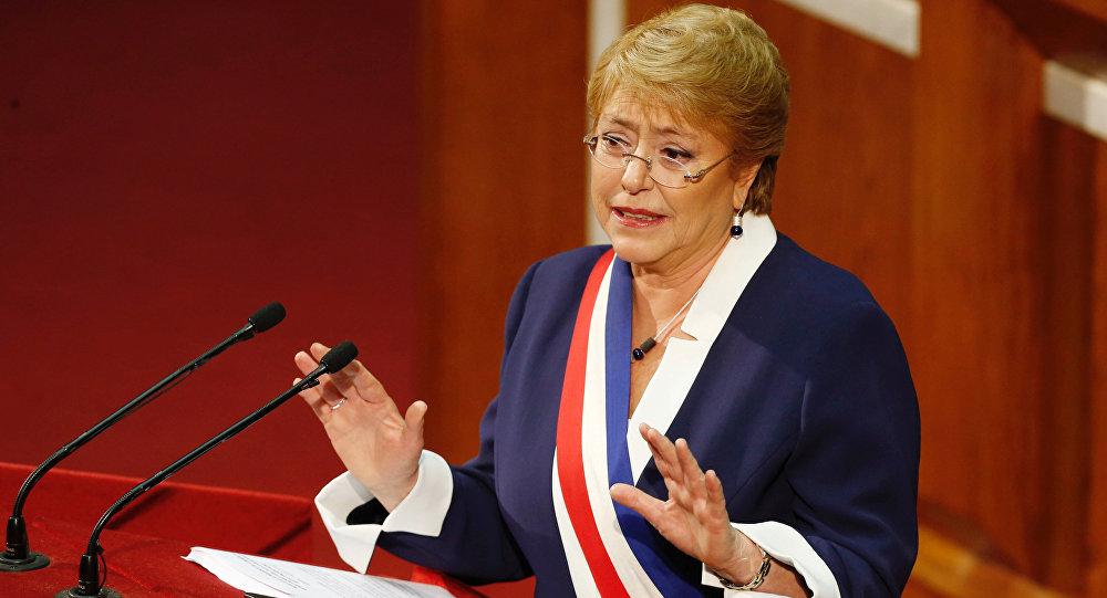 Adimark: Presidenta Bachelet obtiene su menor desaprobación en los últimos dos años