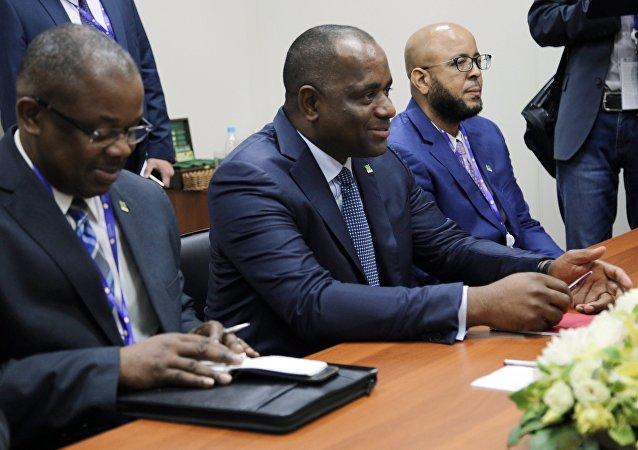 Primer ministro de la Mancomunidad de Dominica junto a su delegación en SPIEF 2017
