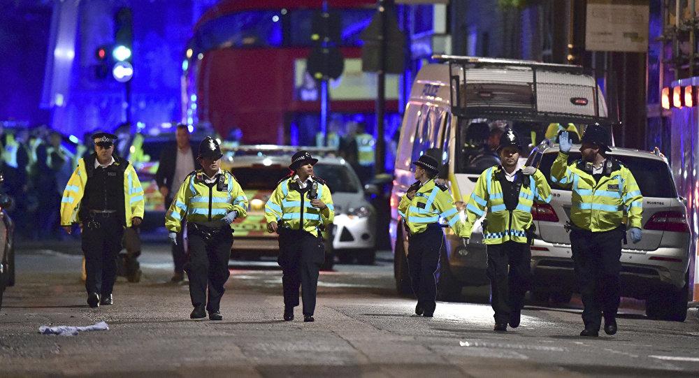 La policía de Londres en el lugar del ataque