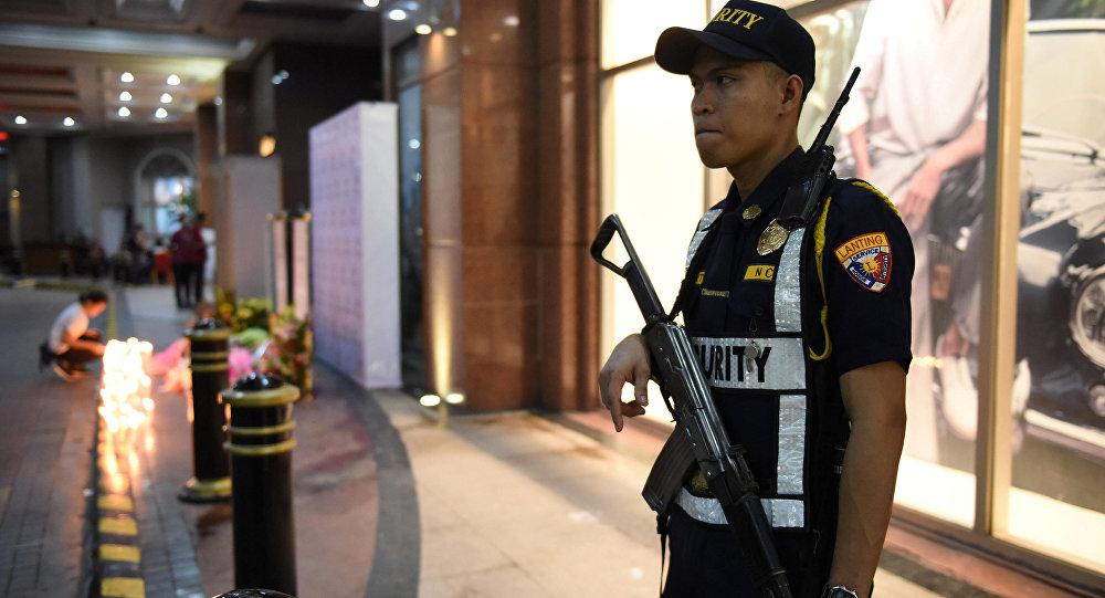 Un policía de Filipinas en Manila