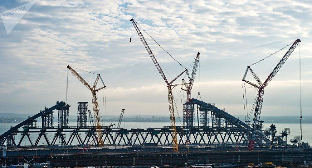 Construcción del puente de Crimea