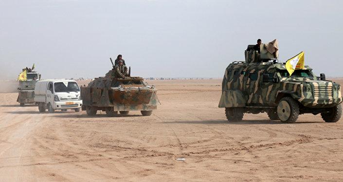 Fuerzas Democráticas Sirias en el norte de Al Raqa, Siria (archivo)