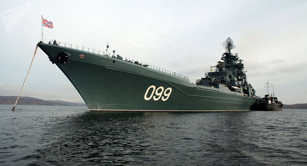 Crucero pesado Pedro el Grande de la Flota rusa del Norte (imagen referencial)