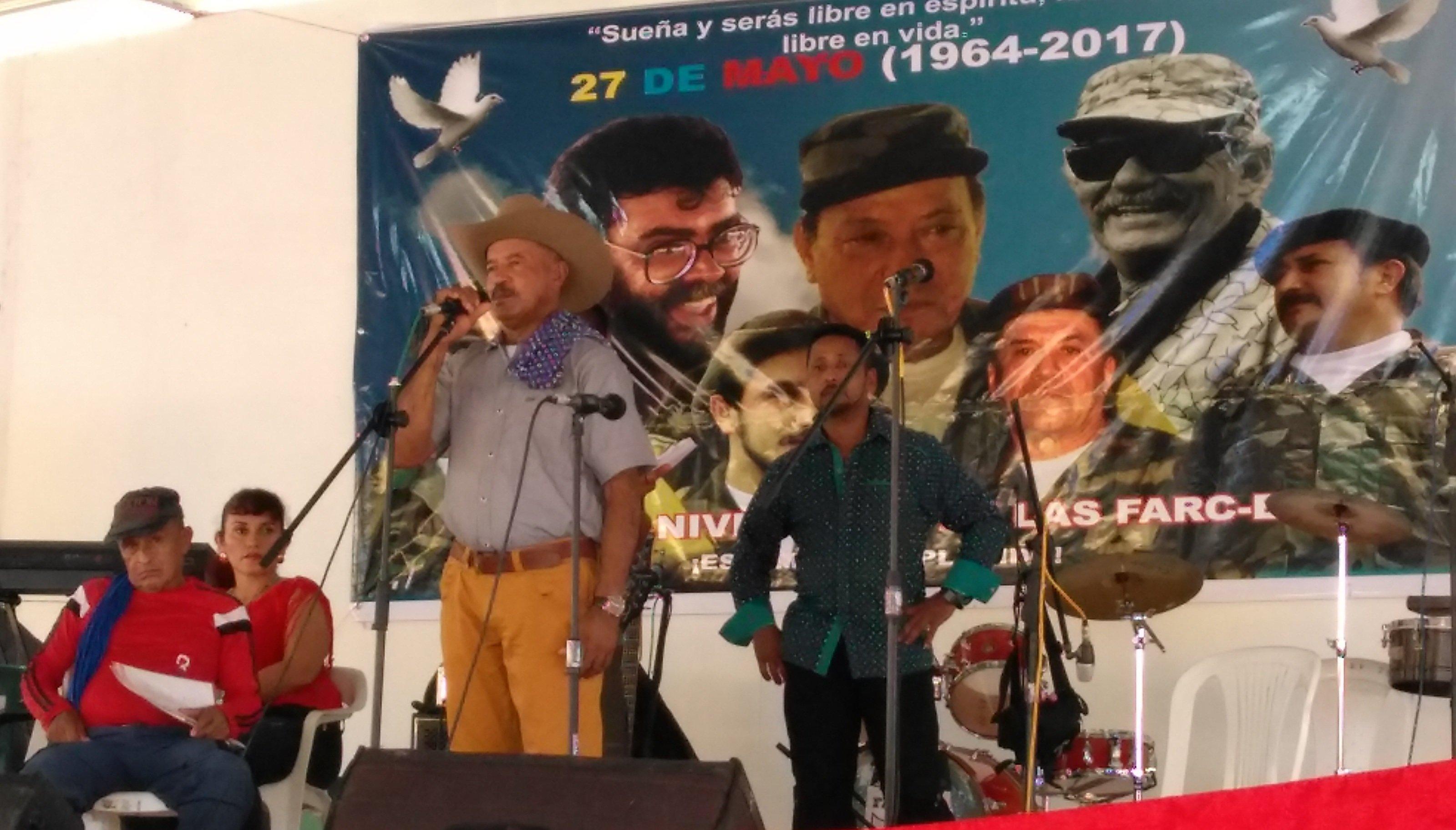 Líder de las FARC asegura que han entregado 30% de sus armas