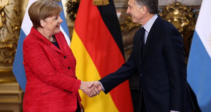 Angela Merkel, canciller alemana, y su homólgo argentino, Mauricio Macri