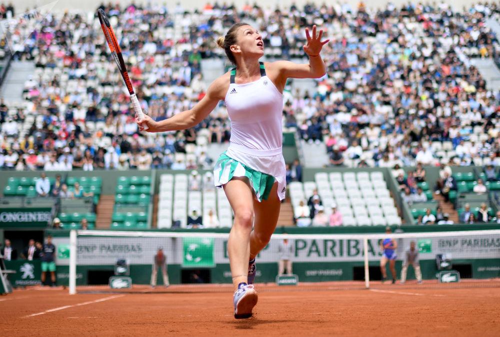 La tenista rumana Simona Halep venció a la ucraniana Elina Svitolina en los cuartos de final del Abierto de Francia —torneo Roland Garros—