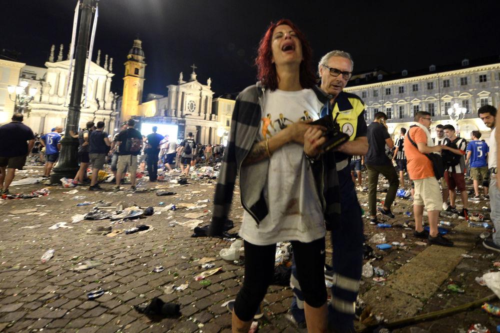 Alrededor de 600 personas han resultado heridas en el centro de la ciudad italiana de Turín, donde miles y miles se congregaron el 3 de junio en la plaza San Carlo para ver la final de la Champions League