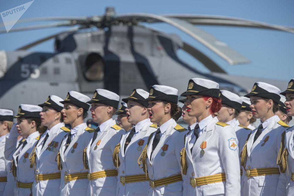 Militares durante el evento dedicado al 75 aniversario de la fundación del Sexto Ejército de  la Fuerza Aérea y Defensa Antiaérea de Rusia