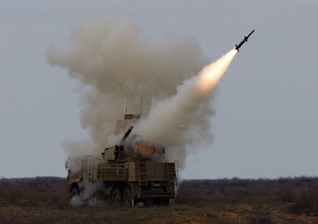 El sistema antiaéreo cañón-misil ruso Pántsir (archivo)