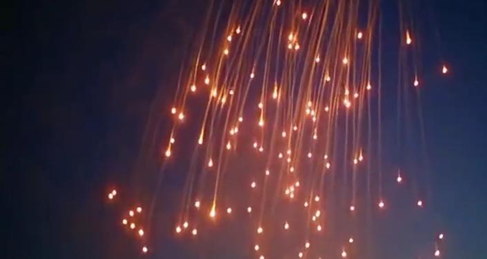 Uso del fósforo blanco en Al Raqa, Siria