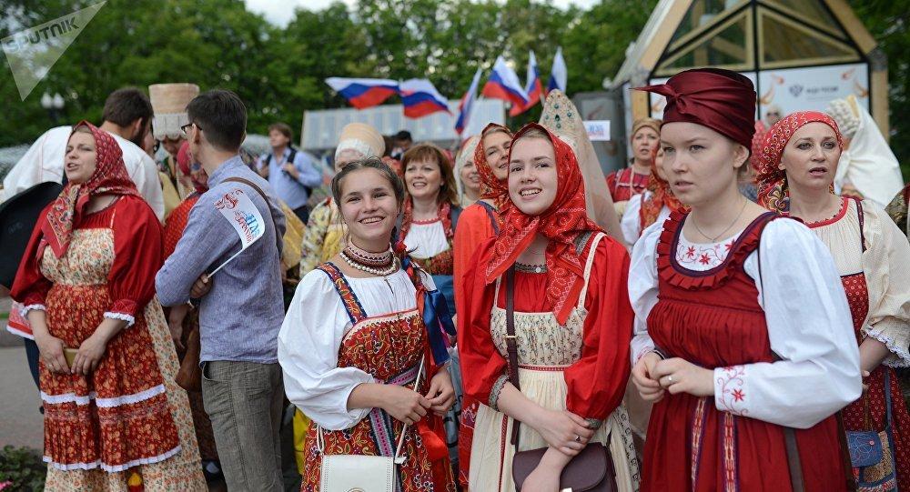 Más de 200 detenidos en protestas no autorizadas en Rusia