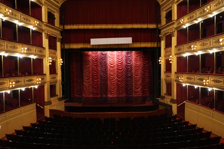Escenario de la Sala Principal del Teatro Solís