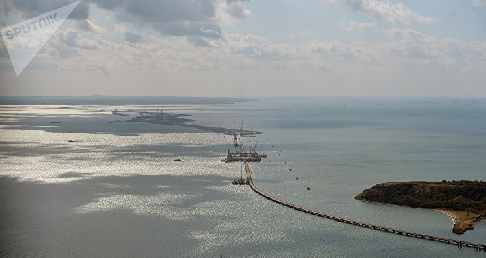 Construcción de puente de Crimea (archivo)