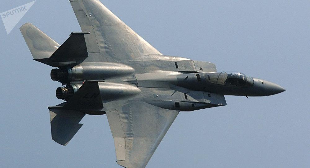 Un caza F-15 (imagen referencial)