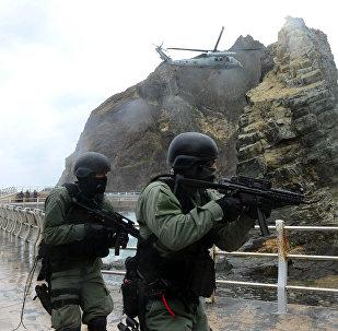 Militares surcoreanos en los islotes de Liancourt (archivo)