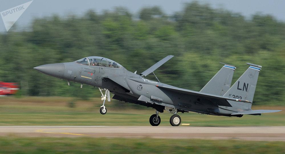 Caza McDonnell Douglas F-15 Eagle de EEUU (archivo)