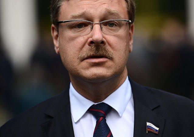 Konstantín Kosachov, presidente del Comité de Asuntos Exteriores del Consejo de la Federación (archivo)