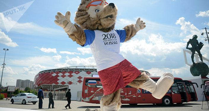 El lobo Zabivaka, la mascota oficial de la Copa Confederaciones 2017 y Mundial 2018