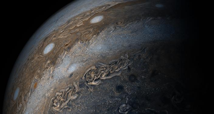 Júpiter y su 'collar de perlas'