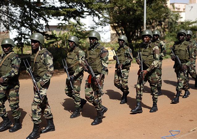 Soldados malienses (imagen referencial)