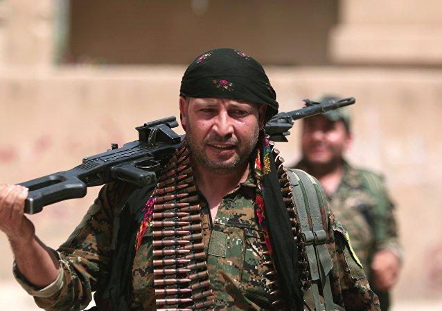Un soldado kurdo (Archivo)