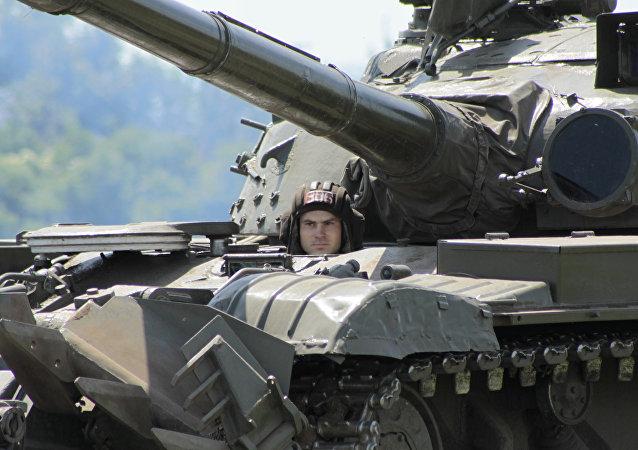 Un tanque en Lugansk, Ucrania (archivo)