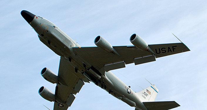 El avión estadounidense RC-135