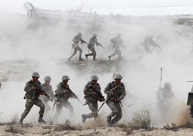 Maniobras del Ejército de Kazajistán (archivo)