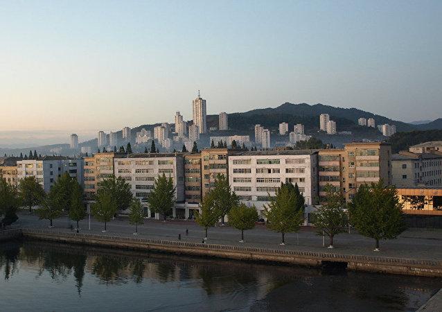 Vistas de la ciudad de Wonsan, donde Corea del Norte pretende construir complejos hoteleros