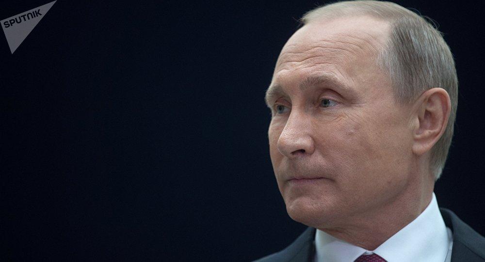 Putin recuerda que en el KGB estuvo vinculado con el espionaje clandestino