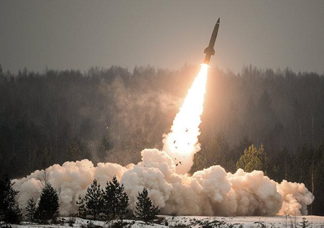 Lanzamiento de misil ruso (archivo)