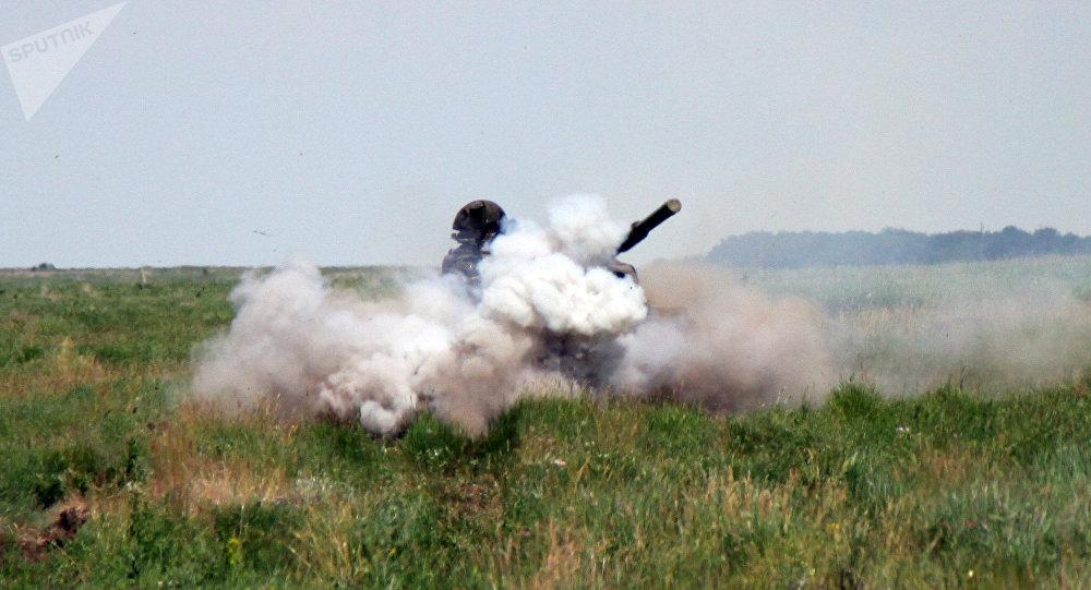 Un tanque en la República Popular de Lugansk, Ucrania