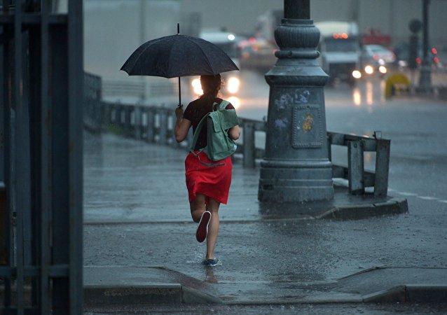 Tormenta tropical en Moscú, Rusia