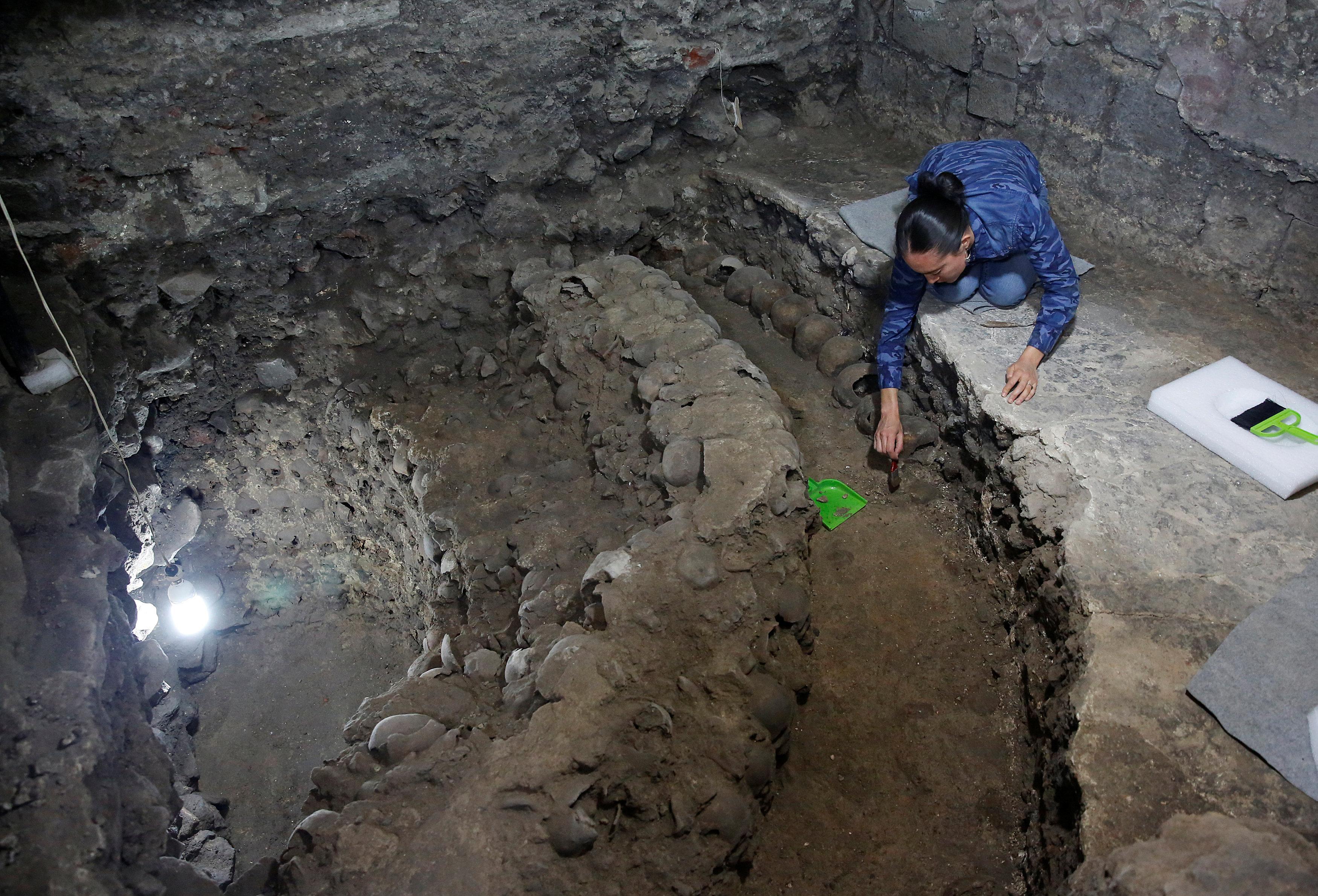 Las excavaciones de la torre de cráneos en Ciudad de México
