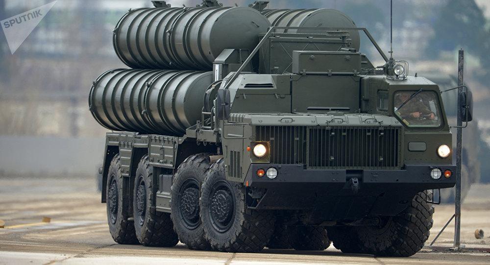 Sistema de defensa aérea ruso S-400 (imagen referencial)
