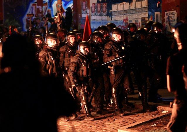 Choques durante una manifestación en Hamburgo