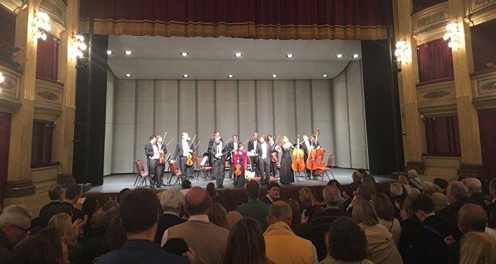 El público uruguayo aclama a la Orquesta de Cámara Rusa de San Petersburgo