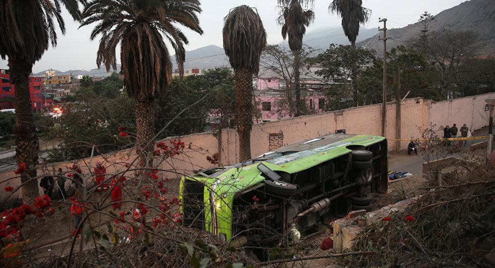 Autobús siniestrado en Perú