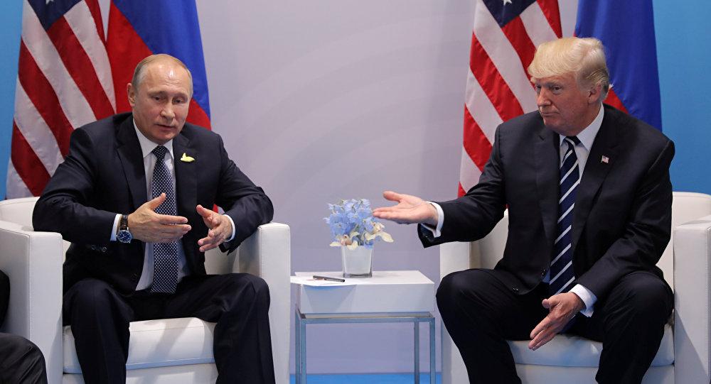 El presidente ruso, Vladímir Putin, y su homólogo estadounidense, Donald Trump (archivo)