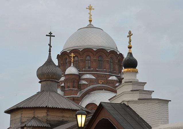 Catedral y Monasterio de la Asunción de la localidad de Sviajsk, Rusia