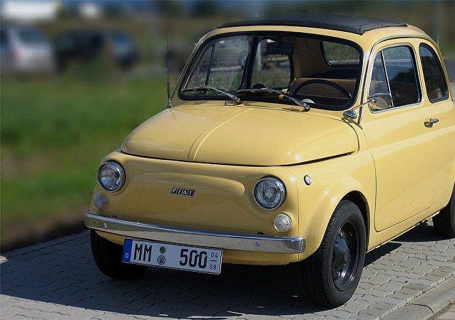 Fiat 500 Cinquino